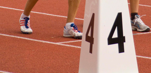 Füße beim Leichtathletikstart