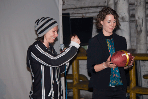 Regisseurin Petra Clever mit Darstellerin Mira Herold