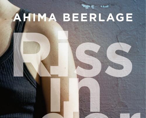 """Buchtipp: """"Riss in der Zeit"""" von Ahima Beerlage"""